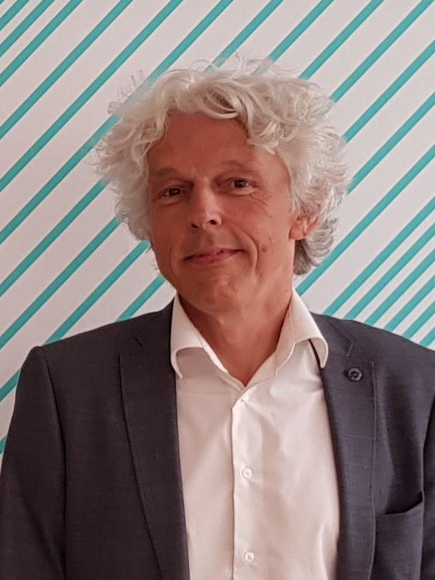 dr. Radboud Winkels